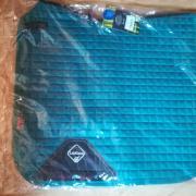 Le Mieux dekjes, Peacock en Benetton Blue. Full dressuur.