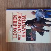 Diverse paardenboeken te koop