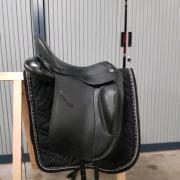 Vivary Dresssuurzadel 17/17.5 inch