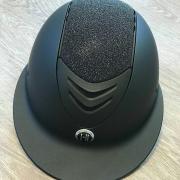OneK caps passen tijdens Indoor Wierden