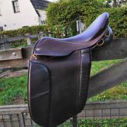 Black Country Frelsi IJslander zadel bruin 16,5 inch