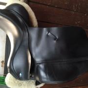 Prachtig MFSC Dressuurzadel, zwart, 17.5 inch