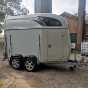 Atec Olympialine 1,5 paards trailer (Polyester)