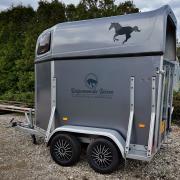 1,5 paards trailer te huur, trailerladen trainingen
