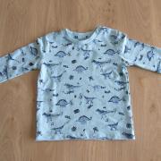 Trui/Shirt lange mouw met dino maat 56
