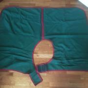 Uitrijdeken van wol (onderlengte: 137 cm) Nooit gebruikt