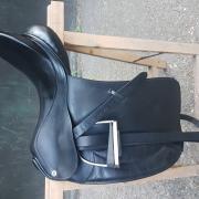 Dressuurzadel Barnsby 18 inch
