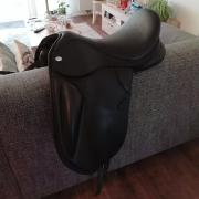 Izgs Thowgood T8 dressuurzadel met contourbocks 17,5 inch