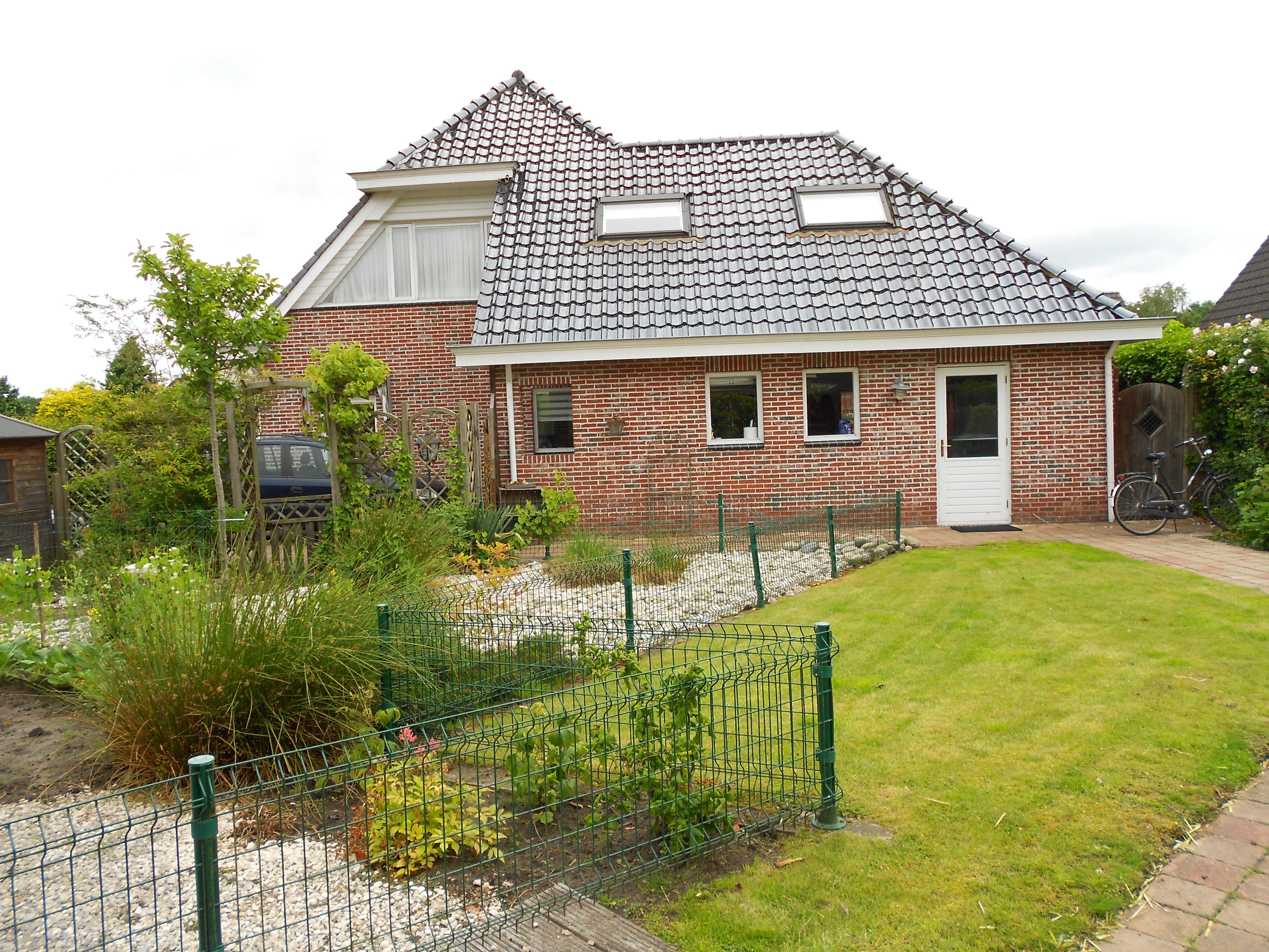 vrijstaande woning circa 800 vierkante m. grond, nieuweroord : Bokt.nl