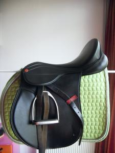 Spiksplinternieuw Kunststof knight rider zadel met verwisselbare boom!! | Bokt.nl QQ-72