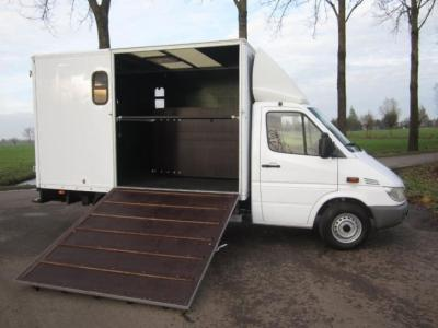 Wonderbaar Mooie Mercedes Paardenvrachtwagen B rijbewijs | Bokt.nl QY-58